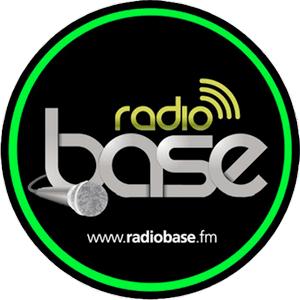 radio Base (Campania) 104.8 FM Italia
